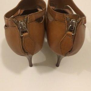 White House Black Market Shoes - 🆕 WHBM Miranda Tan Heels